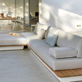 Air Lounge Manutti