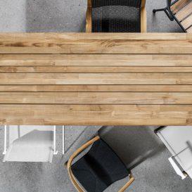 Gloster Split met houten tafelblad en stoelen mix