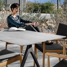 Gloster Split tafel en stoelen met keramisch blad