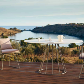 Bivaq Illa chair and table in beautiful setting