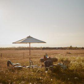 Skagerak Aito lounge chair in the prairie