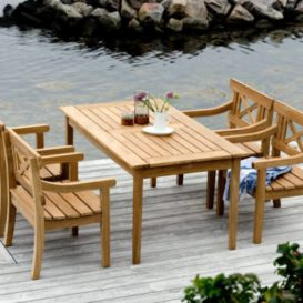 Skagerak Drachmann table 156 with chairs