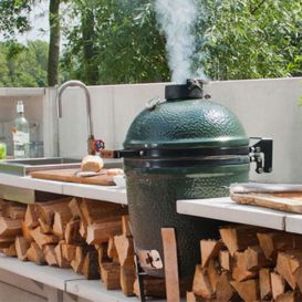 BGE Large outdoor kitchen