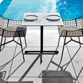 Varaschin summertime table & chairs