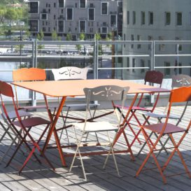 Fermob bagatelle chairs in city