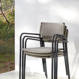Manutti Echo stoelen stapelbaar-min