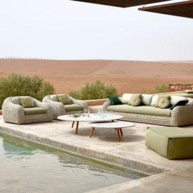 Manutti Kobo woven lounge green in scenic setting-min