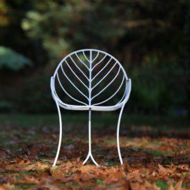 Royal Botania Folia stoel geïnspireerd door een blad vooraanzicht-min