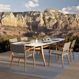 Royal Botania Vita Relax dining set with mountain scenery-min
