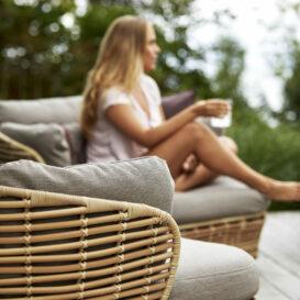 Basket lounge cane-line detail