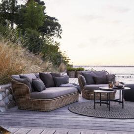 Basket lounge natural in setting