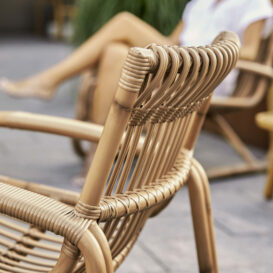Caneline Curve Lounge Chair detail